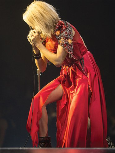 CARRIE WRAPS BIGGEST TOUR OF CAREER